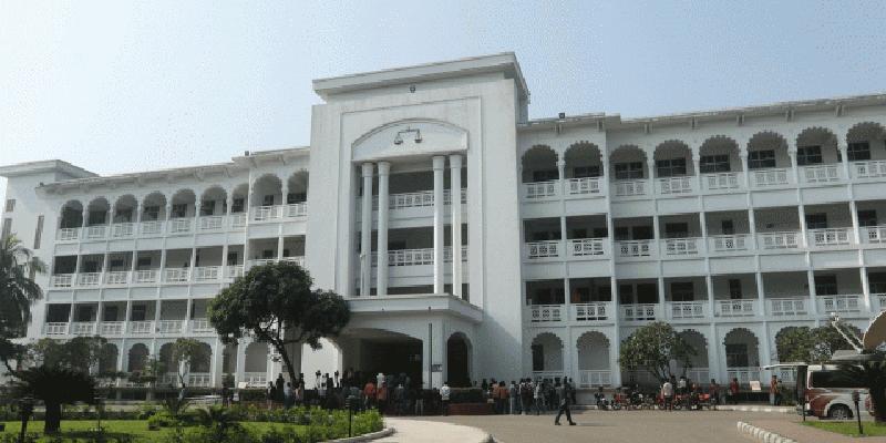 ঢাকাকে প্রতিবেশগত সংকটাপন্ন এলাকা ঘোষণা করা উচিত: হাইকোর্ট
