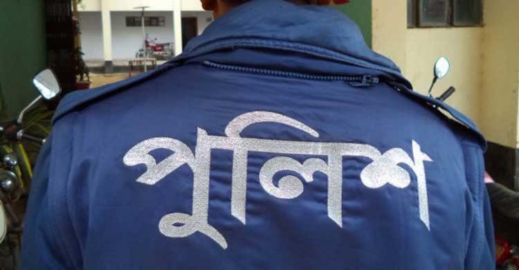 এজাহার বদলের অভিযোগ: পুঠিয়ার সাবেক ওসি'র বিরুদ্ধে দুদকের মামলা